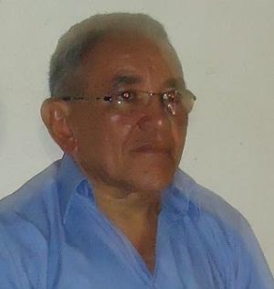 Ex-prefeito Artur José Gomes Farias.
