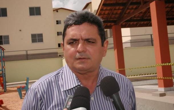 Ex-prefeito Filuca Mendes.