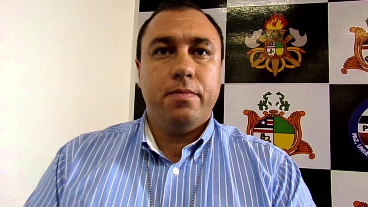 Delegado Tiago Bardal é exonerado por envolvimento em formação de milícia