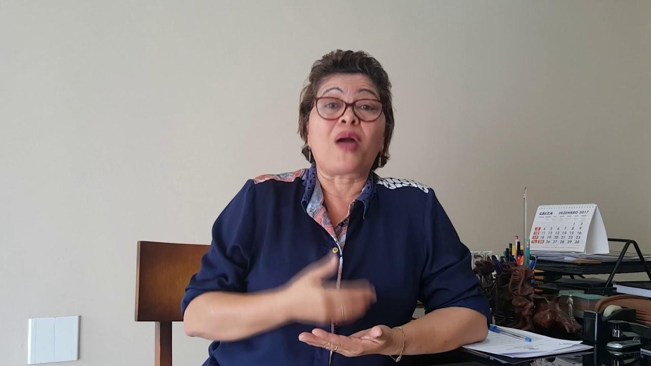 Prefeita Didima Coelho.