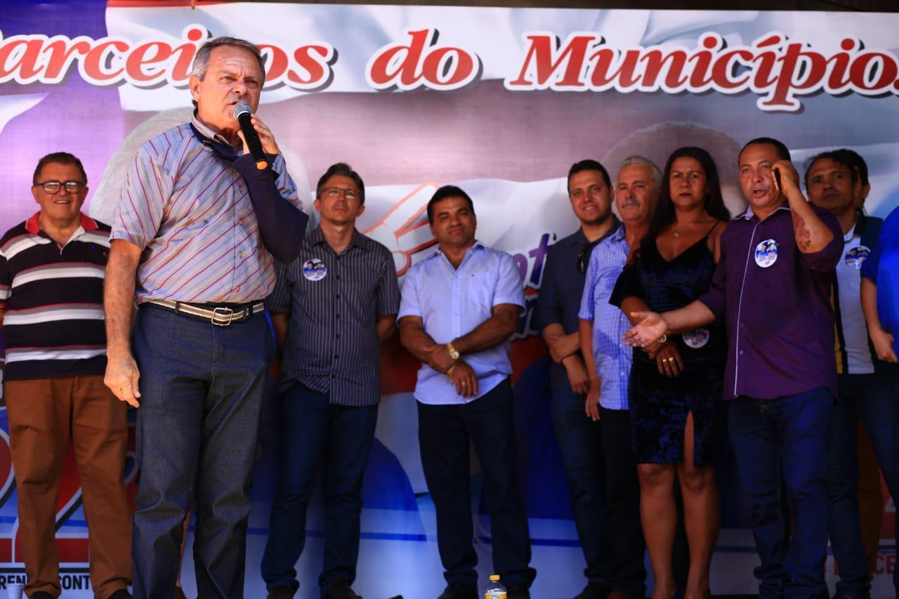 Hélio Soares e Josimar de Maranhãozinho reúnem lideranças na Região Tocantina.