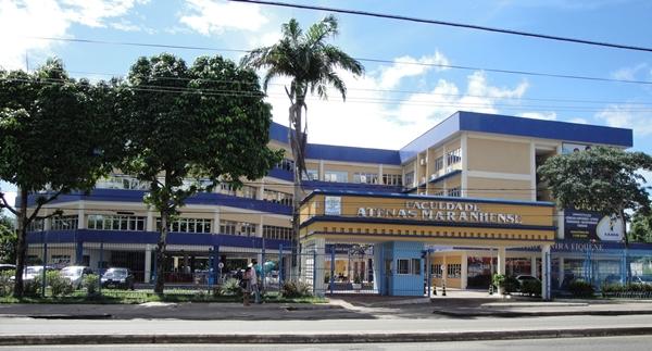 Faculdade Pitágoras é condenada a indenizar aluno por não entregar diploma